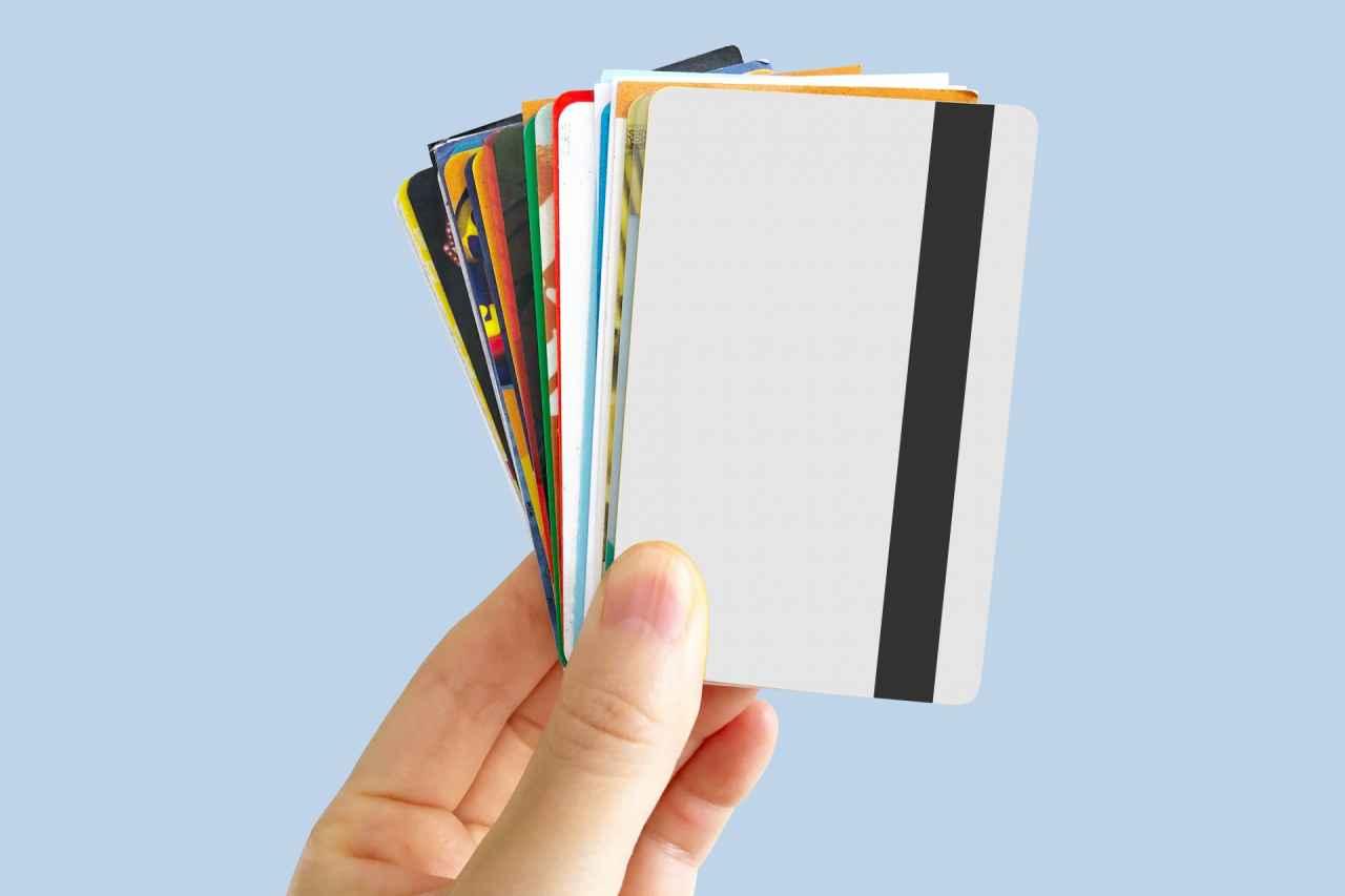 ポイントカード無しなら制限されずに自由に選べる!でも損した気分が嫌で今も捨てられない