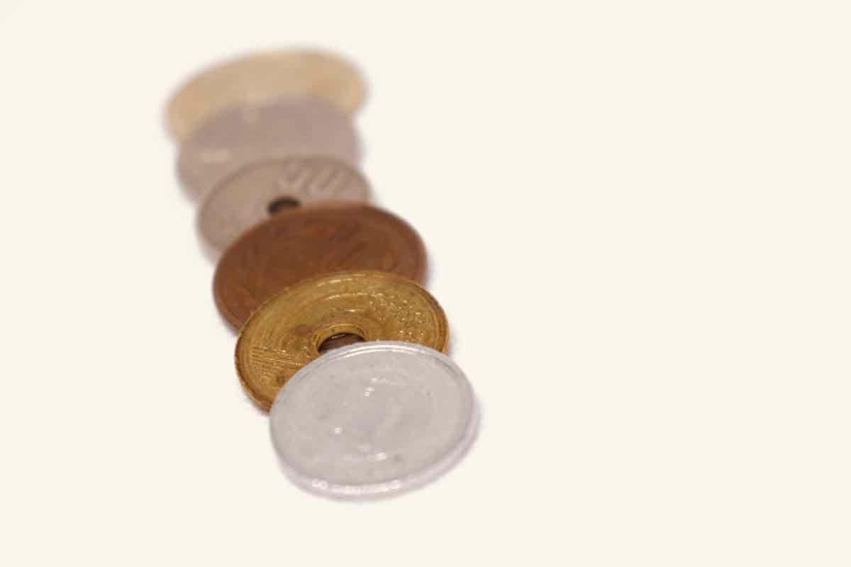 ミニマリストが小銭を持たない為にする事は?